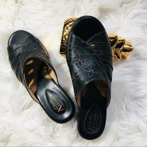 Clark's sandals size 6 1/2